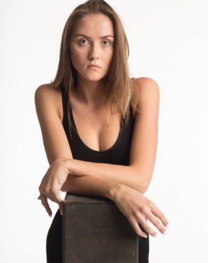 Model Sabrina: Acting, Commercial print, Fashion print, Runway